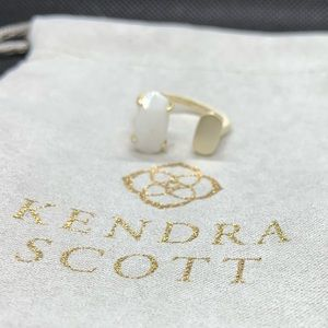 New Kendra Scott Gold Pryde Ring in White MOP